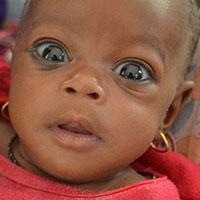 Aisha is een grootmoeder uit Borno State in Noordoost-Nigeria. Haar kleindochter, die ook Aisha heet, is drie maanden oud. Ze hebben alleen elkaar nog. <a href=